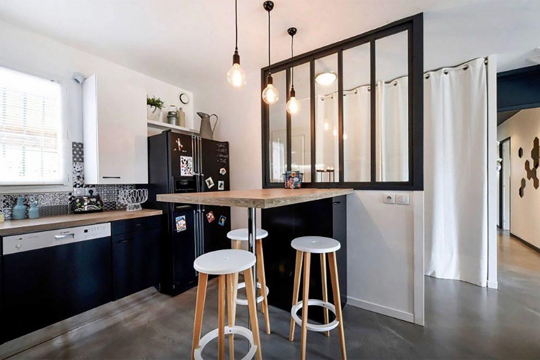 Bar em casa: Como criar um bar em uma cozinha americana